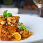 赤エビと秋茄子のスパゲッティ・ポモドーロ バジル マイクロバジル 松の実