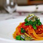 「Rsutichella」スパゲットーニ キビナゴの魚醬マリネ all'arrabiata カブ 菜の花